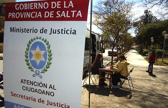 Ministerio de gobierno derechos humanos y justicia la for Oficina de atencion al ciudadano